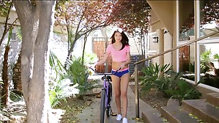 Short shorts brunette teen babe screwed ruthlessly